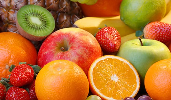 Keeping a Healthy Skin with Fruits